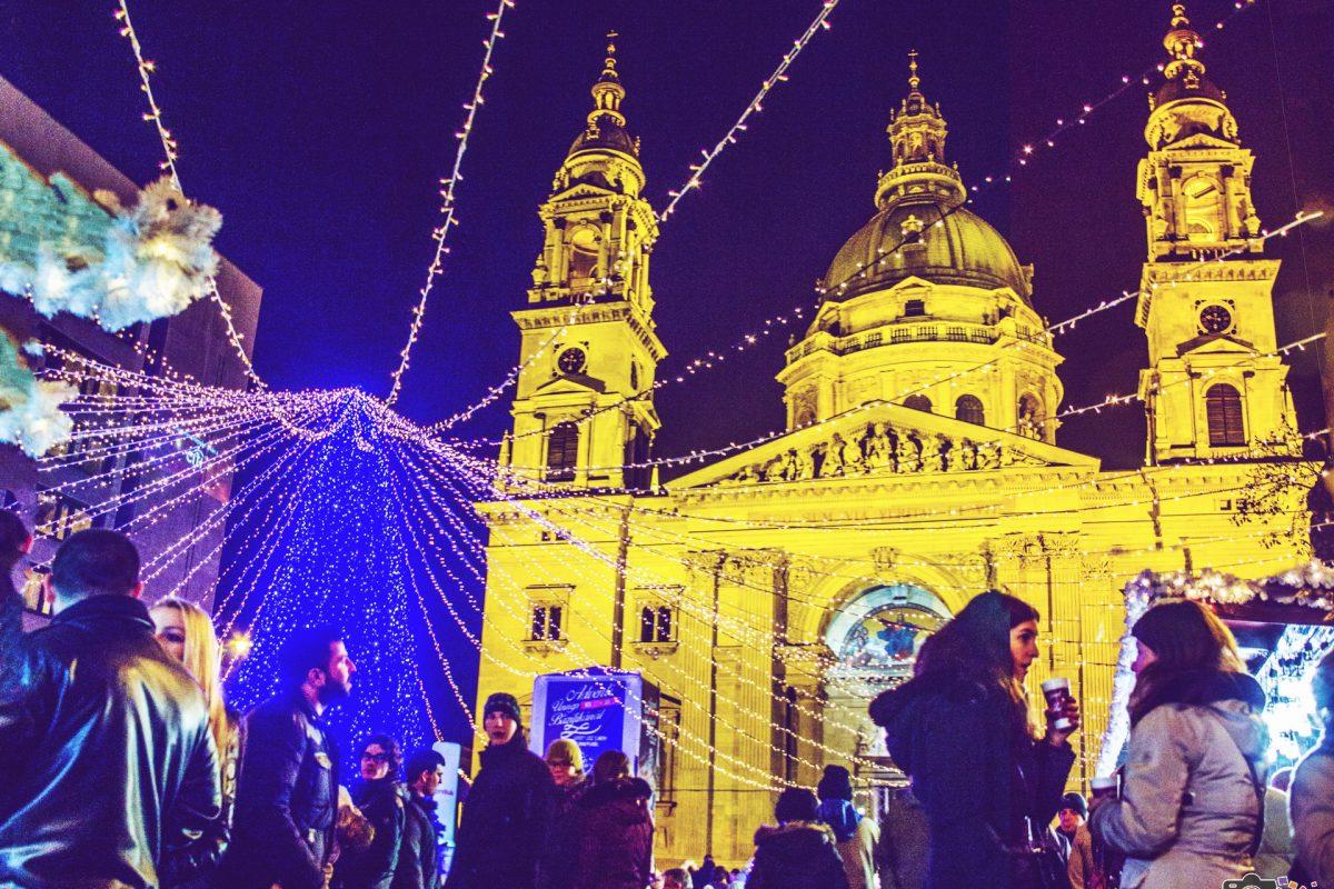 Hangulatos fotók a Budapesti Karácsonyi Vásárról