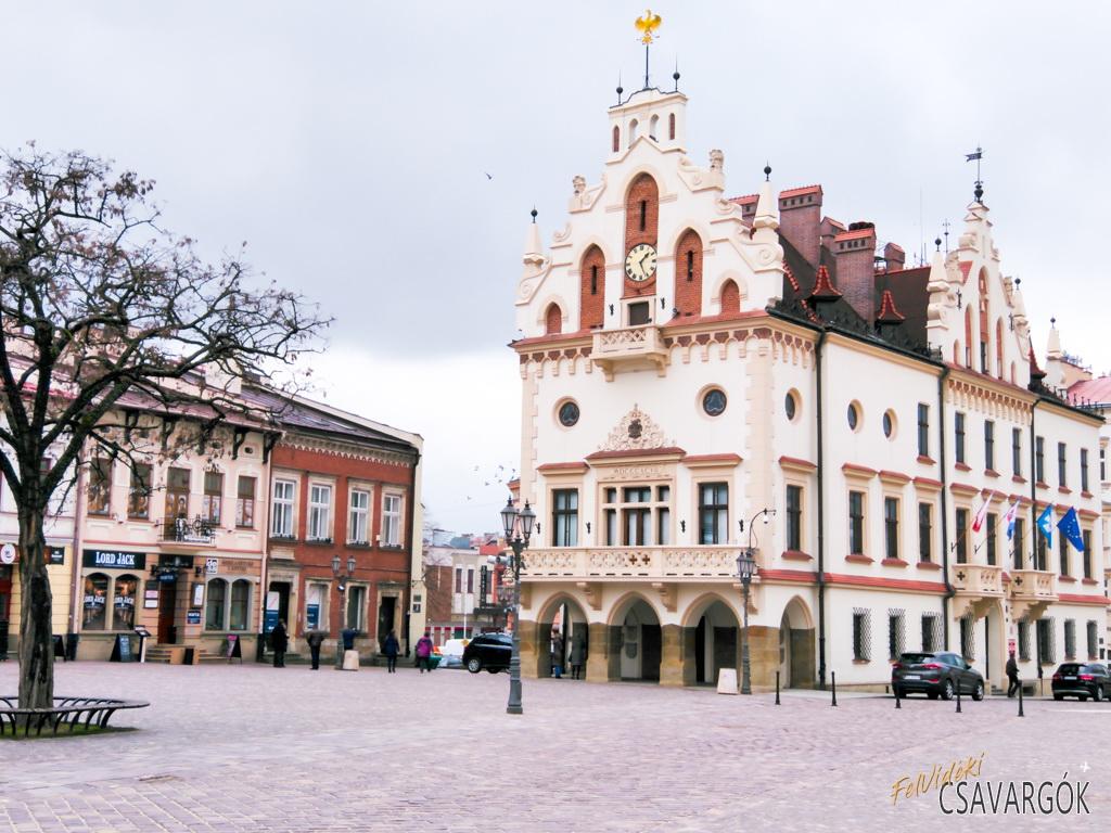 Rzeszów – félúton Krakkó és Lviv között