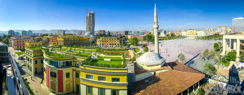 """Tirana a """"titkok könyvtára"""""""