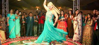 Magyar csárdástól hangos a pakisztáni hindu lagzi
