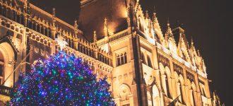 Hagyományos csavargó(s) évzárás Budapesten, karácsonyi köntösben.