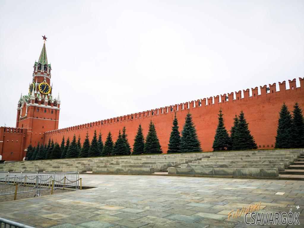 """Moszkva esete a """"Wave és a Witch-house"""" stílussal"""